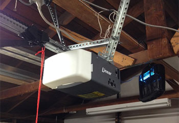 Garage Door Opener Repair | Darien | New Canaan, CT
